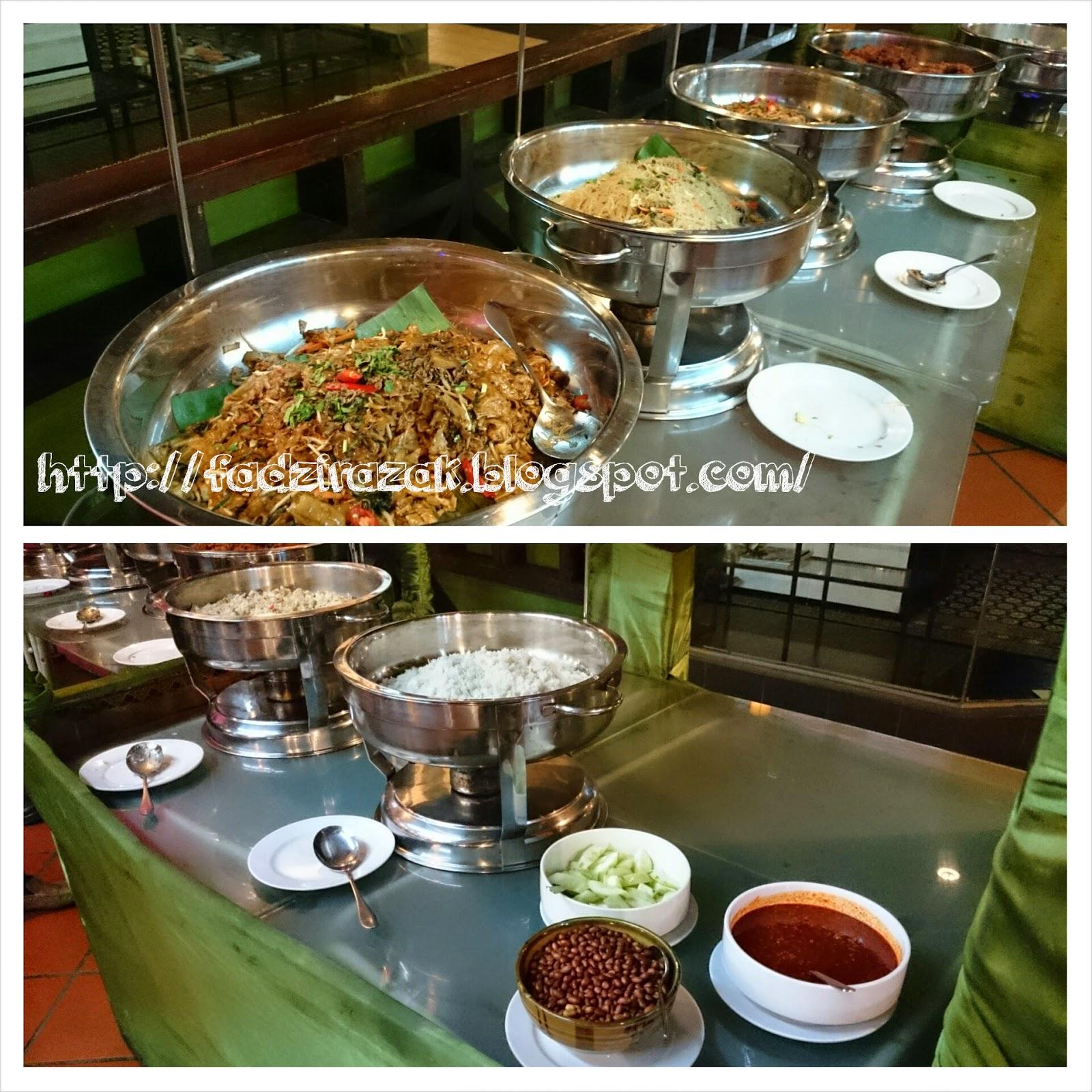 Masakan panas Restoran D'Kayangan Steamboat & BBQ