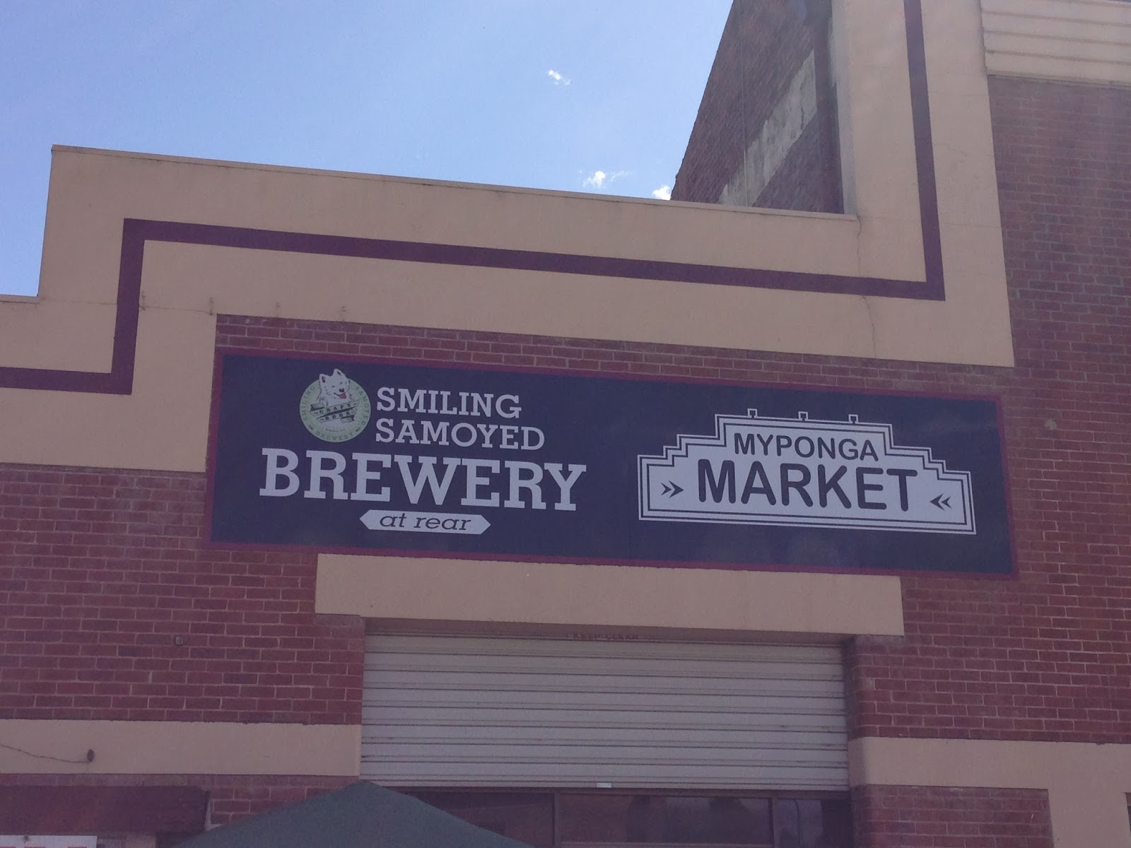 Smiling Samoyed Brewery Restaurant & Beer Review