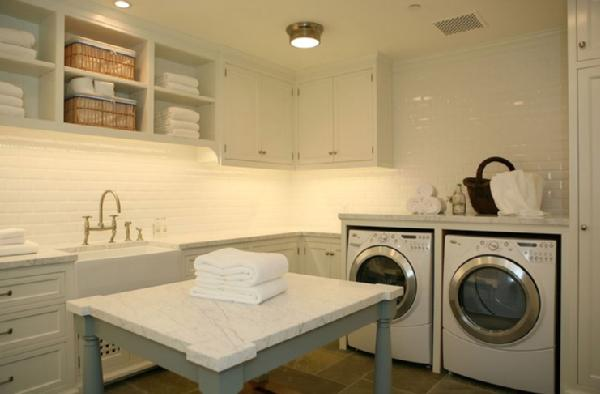 HOLLYWOOD CAPE COD: the Laundry Room