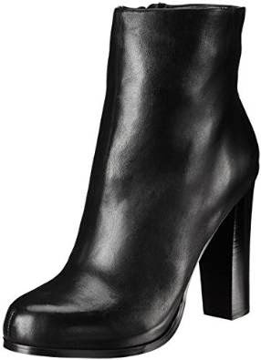 http://www.amazon.com/Aldo-Thawen-Womens-Boot/dp/B00M50WPFQ/ref=as_sl_pc_ss_til?tag=las00-20&linkCode=w01&linkId=4CIBJOYMYZBKIOHF&creativeASIN=B00M50WPFQ