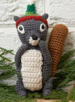 http://www.redheart.com/free-patterns/squirrel-ornament
