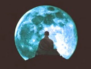 La luna ci guarda (Buddha)