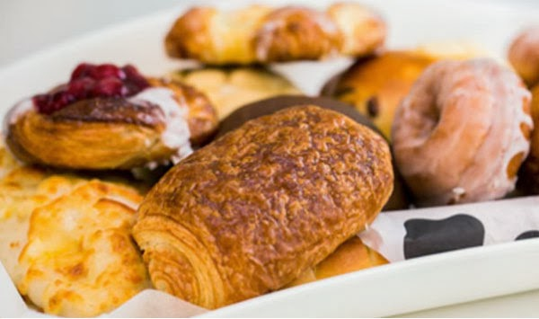 Each pastry on its own will set you back around 10-15 dhs which is very reasonable