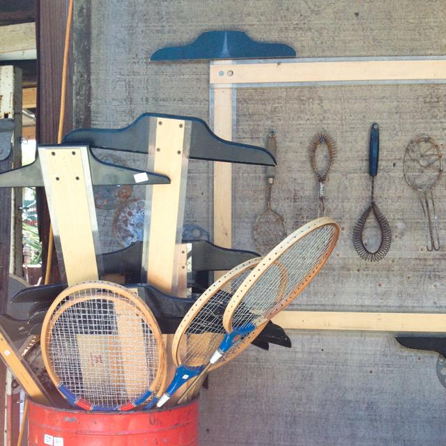 creative idea for framing a display | MamaBleu.com