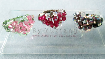 Beaded_heart_rings_with_two_colors_inspired_by_Beadifulnights