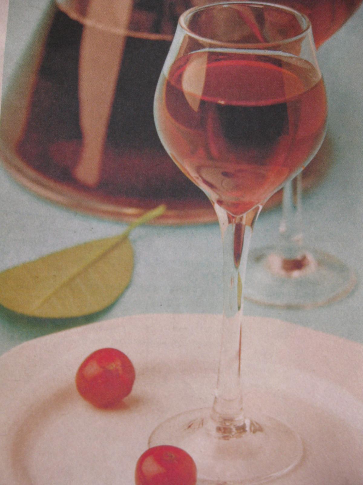Вишневый ликер в домашних условиях на водке рецепт