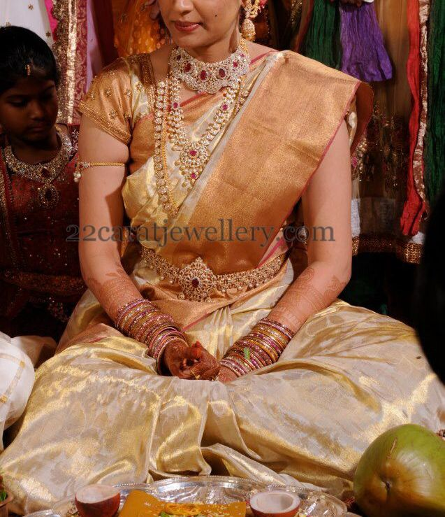 Bride in Heavy Luxury Diamond Sets