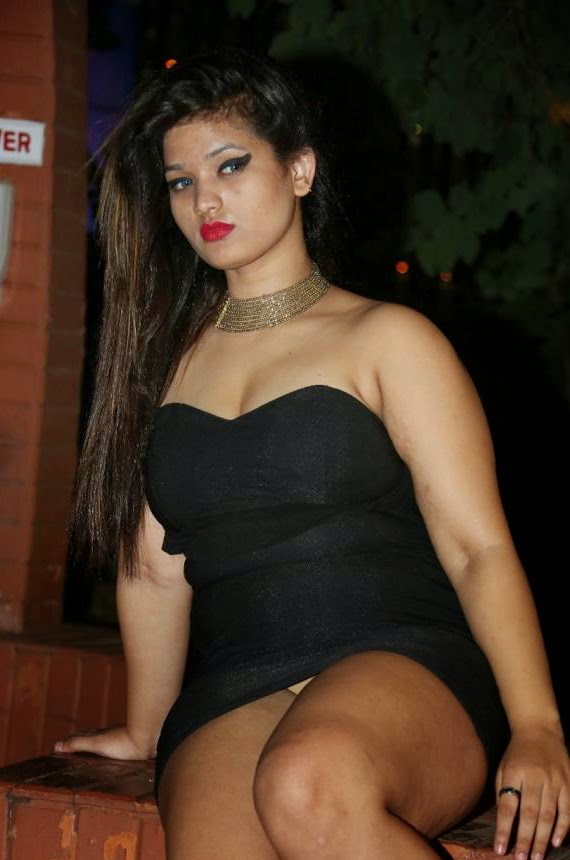 dress tight in bhabhi indian sexy