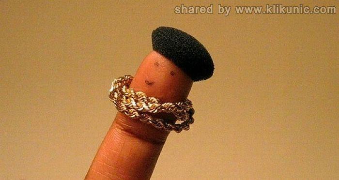 http://4.bp.blogspot.com/-NKEc207cGn8/TX2yK3ZBmLI/AAAAAAAARWY/r-Mj2KzS8-Y/s1600/finger_26.jpg
