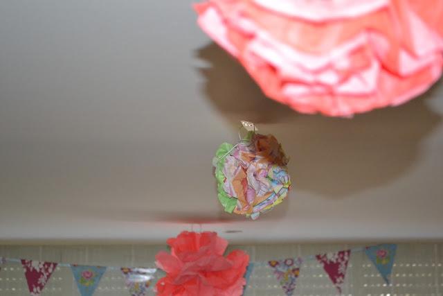 Pompones para cumpleaños