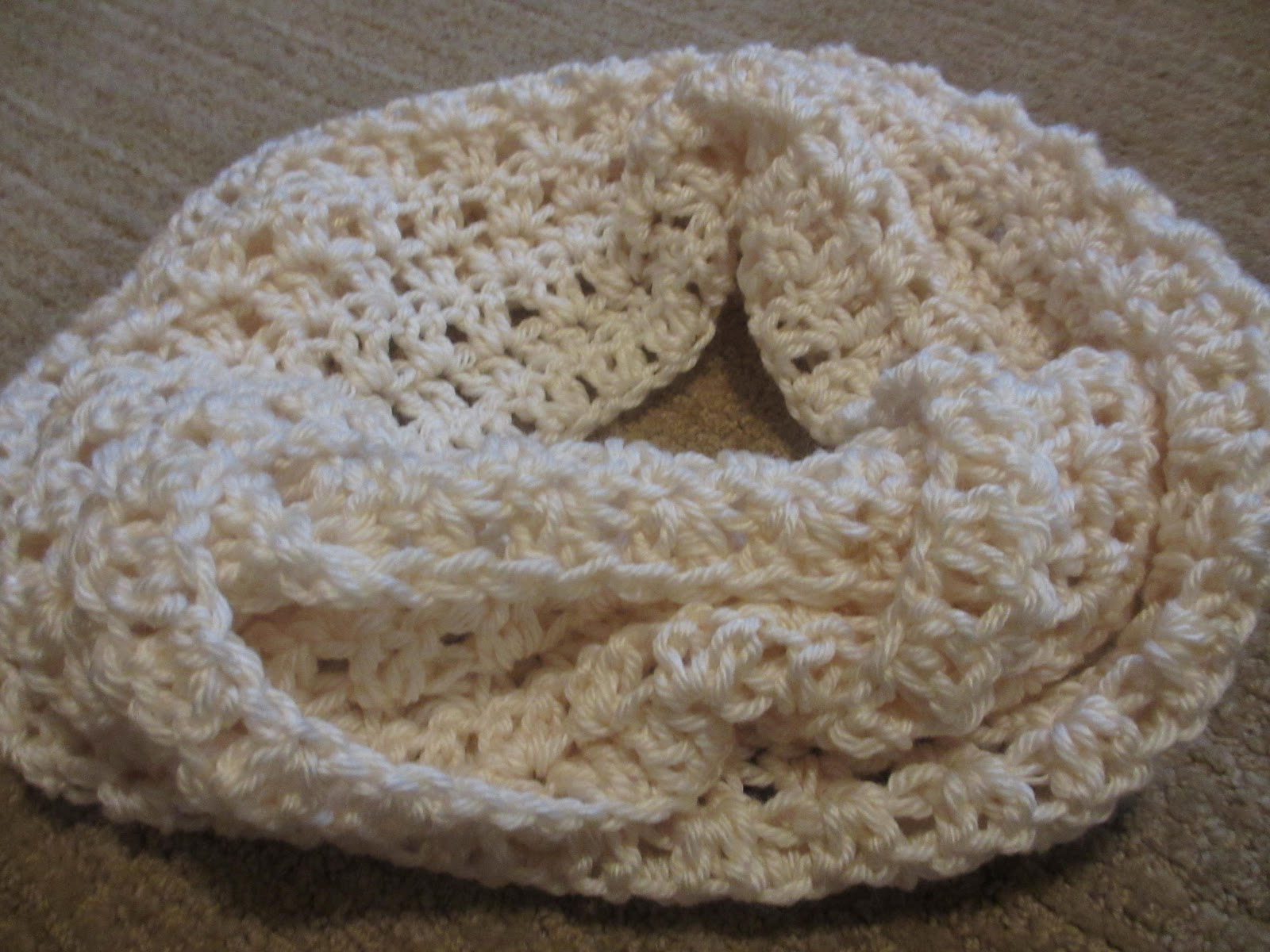 Free Crochet Patterns Using Caron Simply Soft Yarn : Jays Boutique Blog: FREE PATTERN: Light n Lacy Cowl