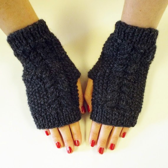 https://www.etsy.com/listing/197637816/twin-twist-hand-warmers-in-charcoal?ref=favs_view_18