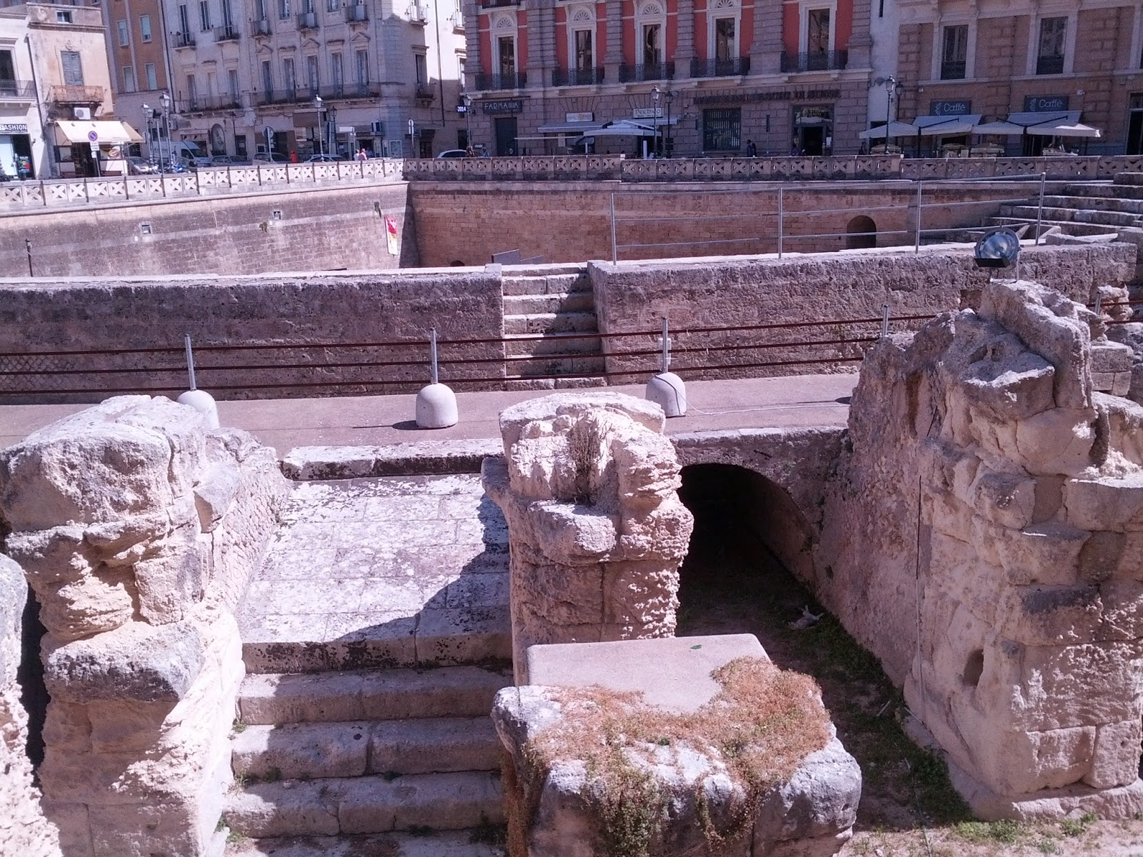 lecce roman stadium