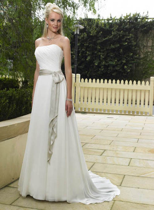 simple wedding dresses bavarian wedding
