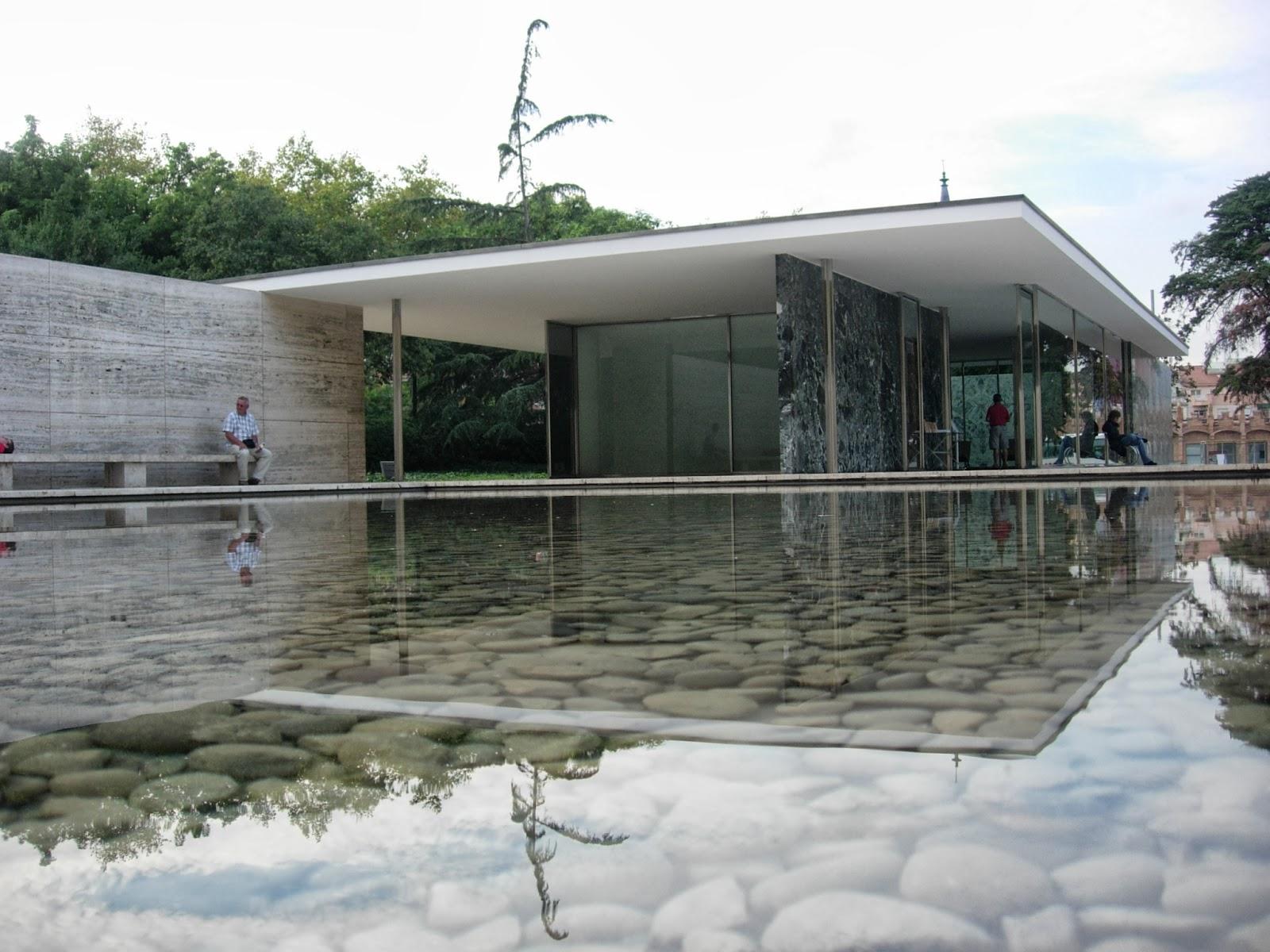 Barcelona pavilion exterior - Barcelona Pavilion Exterior 12