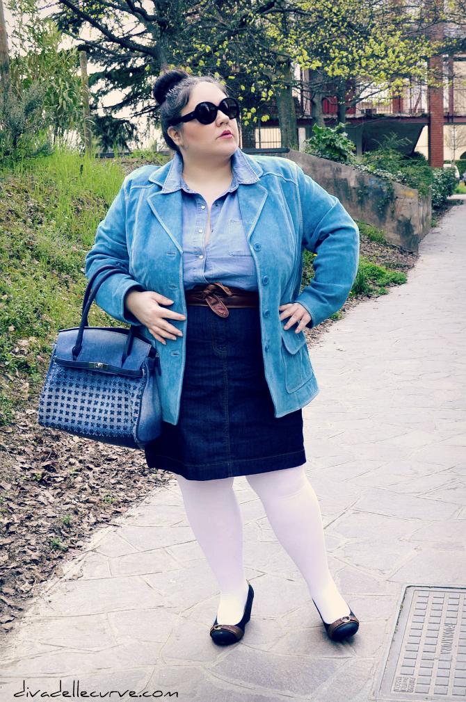 Outfit plus size - I love denim - chignon alto
