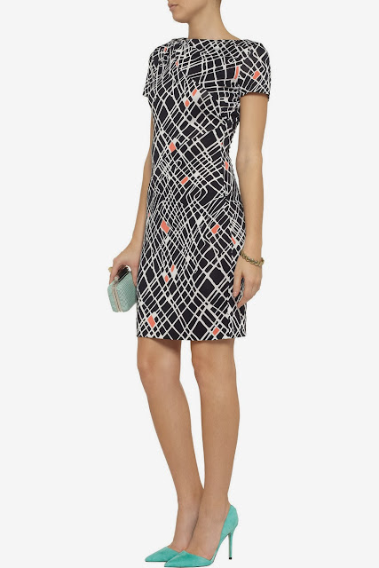 Heather Dubrow's DVF 'Oda' dress on Hot in Cleveland from Outnet.