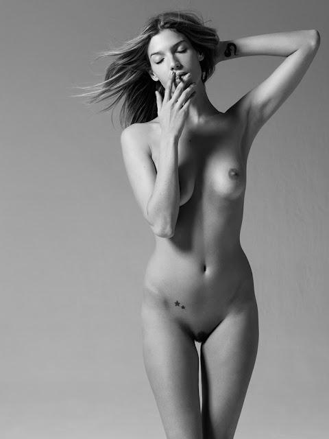 perfect iranian nude girls