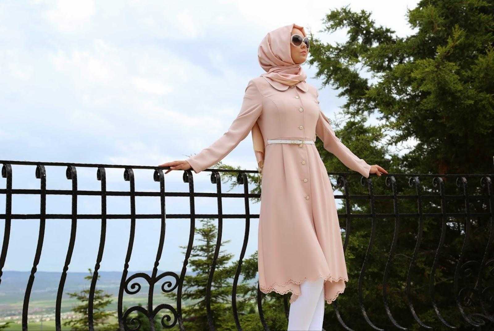 Minimalist Stil Üzerine Tasarlanan Kıyafet Kombinleri
