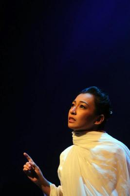 Gambar Misha Omar Berlakon Teater