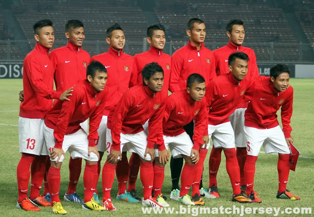 Kaos Kaki Grade Ori INDONESIA Home Official 2013-2014