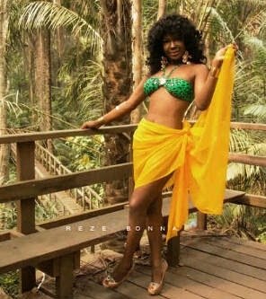 Susan Peter Shows You Hot Body…@RealSusanPeters