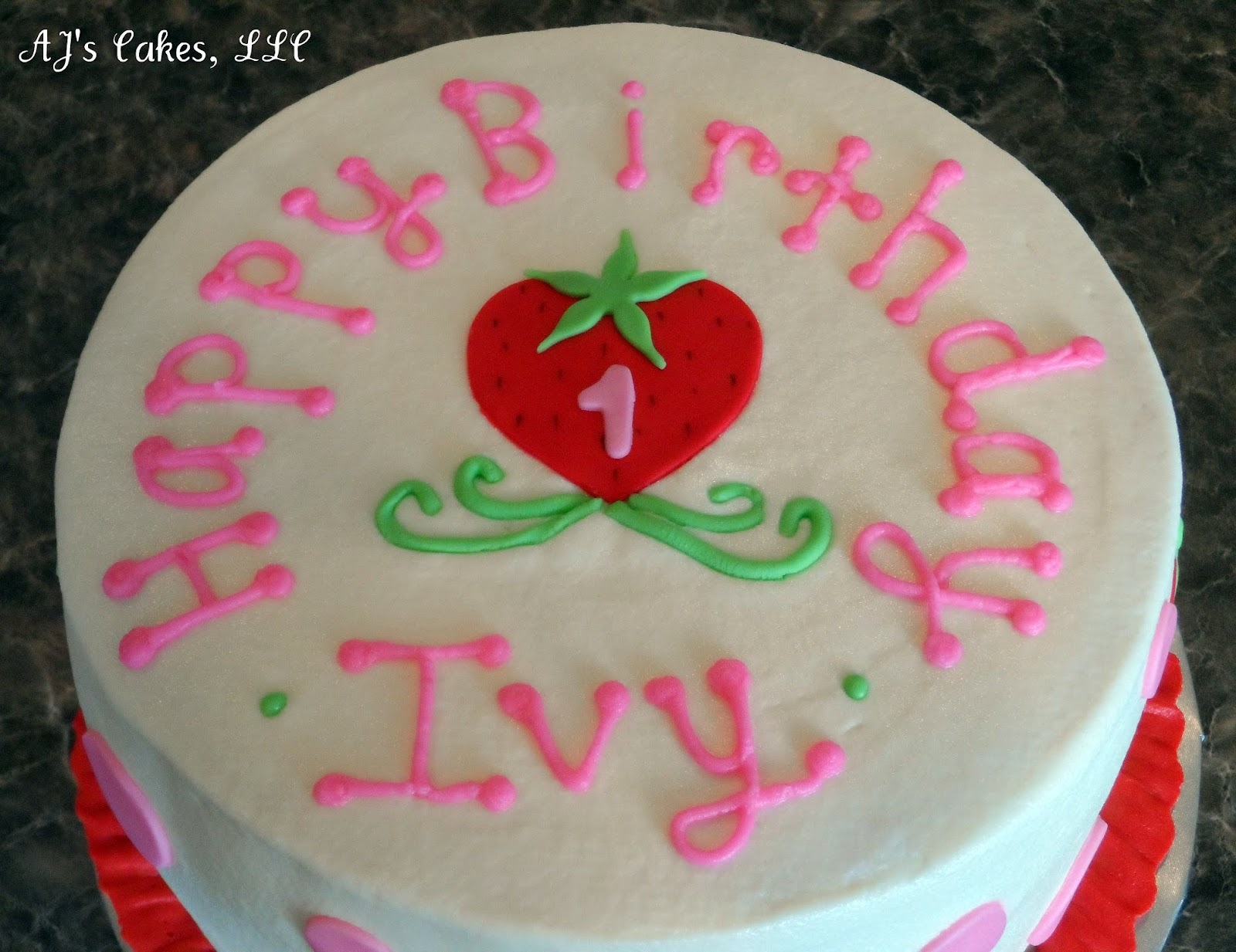 Aj S Cakes Strawberry Cake For Ivy