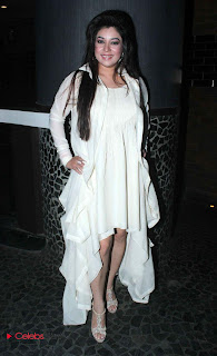 Pakistani Singer Komal Rizvi Stills in White Dress at her Music Album Launch  0012