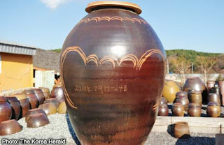 World's largest clay pot photo, World's largest clay pot picture, World's largest clay pot 2011, biggest pot in the world 2011, largest earthenware pot, 2011 biggest clay pot in the world