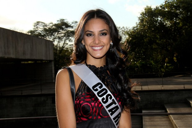 Miss Universe 2011 - Contestants  - Museum Tour-21