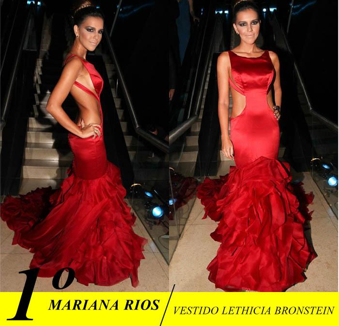 BAILINHO DE CARNAVAL_mariana rios_LETHICIA BRONSTEIN_vestido decotado_vestido vermelho_vestido com calda