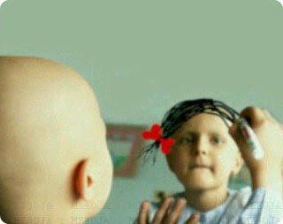 هناك أمنيات لا تموت أبد..كهذه الطفلة