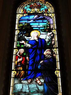Nossa Senhora em Vitral da Catedral de Santa Maria (RS).