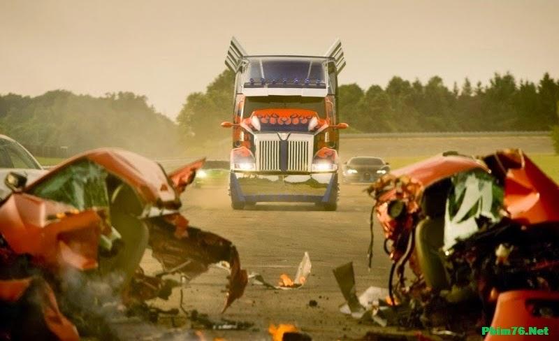 http://4.bp.blogspot.com/-NMuJ7r2fLQw/U0GANC7SL6I/AAAAAAAAARY/AhUPWuuPmxQ/s1600/Transformers-4-2014-phim76-net.jpg