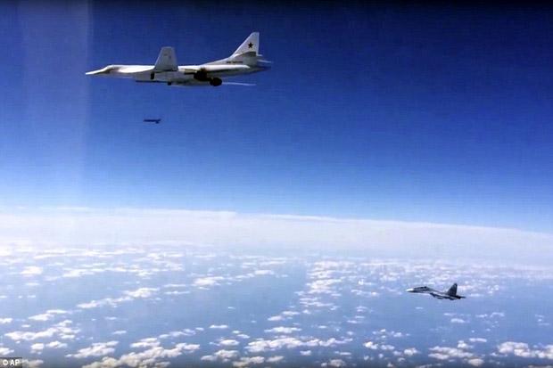 Jet Tempur Inggris Usir Pesawat Pembom Rusia