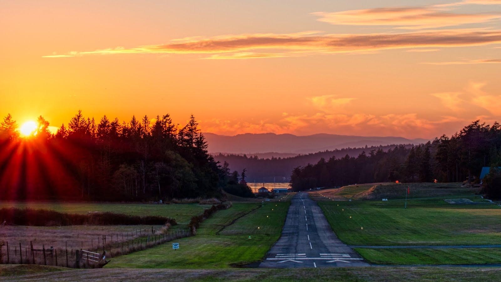 Runway 25 Sunset