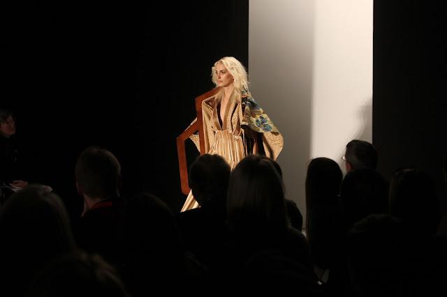 georgie-georgina-minter-brown-frequencies-blogger-fashion-university-of-westminster-runway-show-catwalk-models