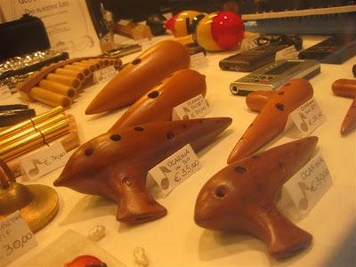 music store, wood ocarina, venice italy