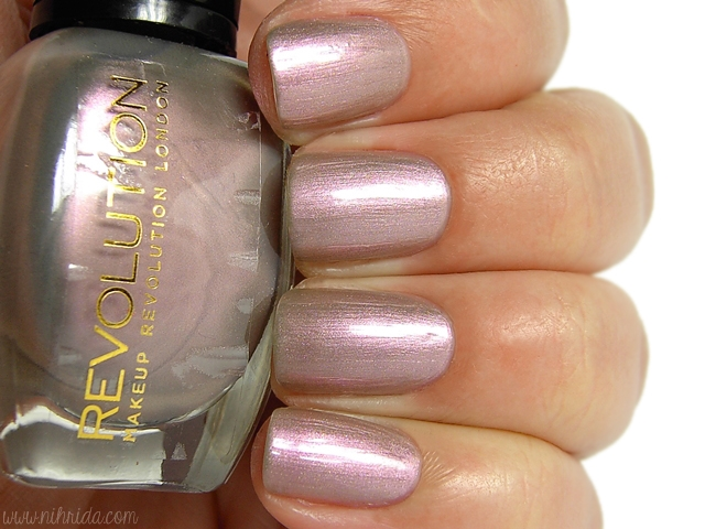 Makeup Revolution Nail Polish - Cupid in Disguise