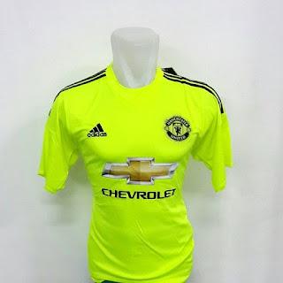 gambar detail baju bola terbaru keeper penjaga gawang MU Jersey Keeper Manchester United home warna hijau terbaru musim 2015/2016 di enkosa sport