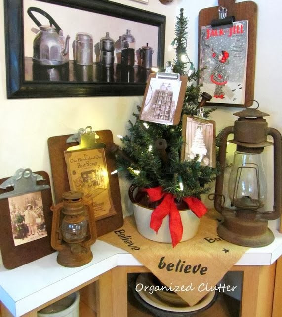 Christmas Clipboards www.organizedclutterqueen.blogspot.com.
