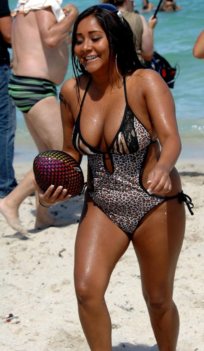 Nicole snooki polizzi bikini