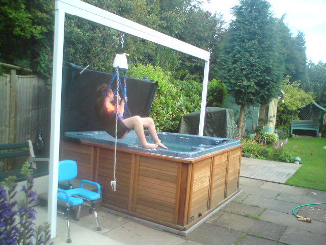 Mobility Products for Disabled People: Spa Lift for Disabled Access