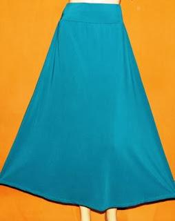 Rok Polos Bahan Jersey RM259