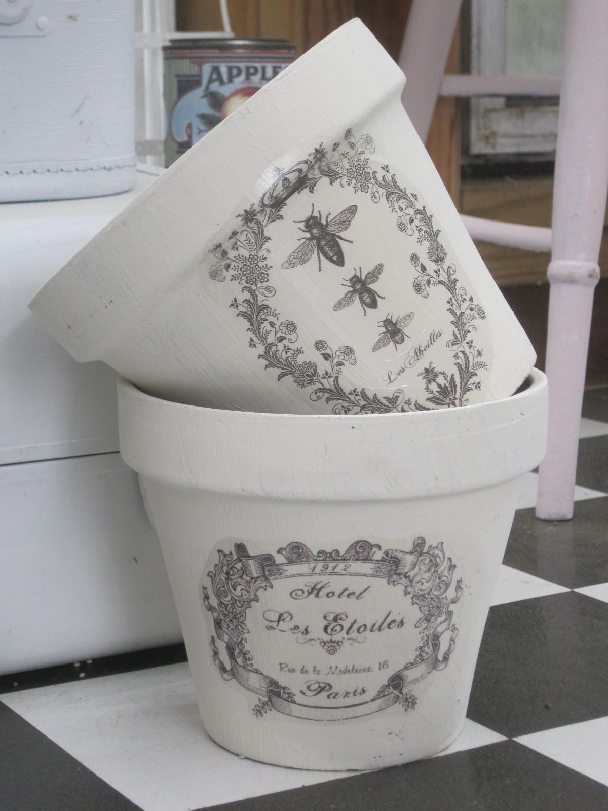 chalk paint flower pots okio b designs. Black Bedroom Furniture Sets. Home Design Ideas