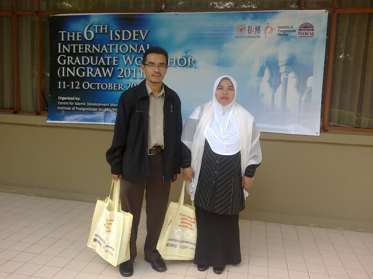 Bersama Ahmad Sabri di International Graduate Workshop 6th- ISDEV Oktober 2011