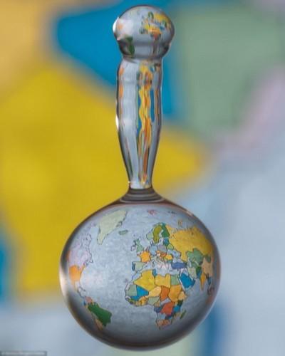 Imagenes en una gota de agua - mapa del mundo