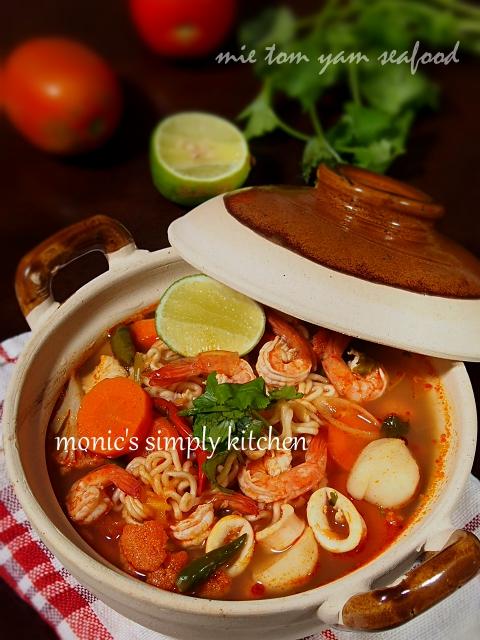 resep mie tom yam seafood