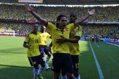 Colombia quiere aprovechar el sol ante Paraguay