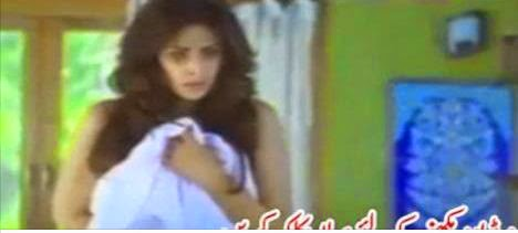 video, shamefull pakistani girl, shamefull girl, pakistani girl, pakistan actress shamefull activities, paksitani girl collge, girls college be sahrma,